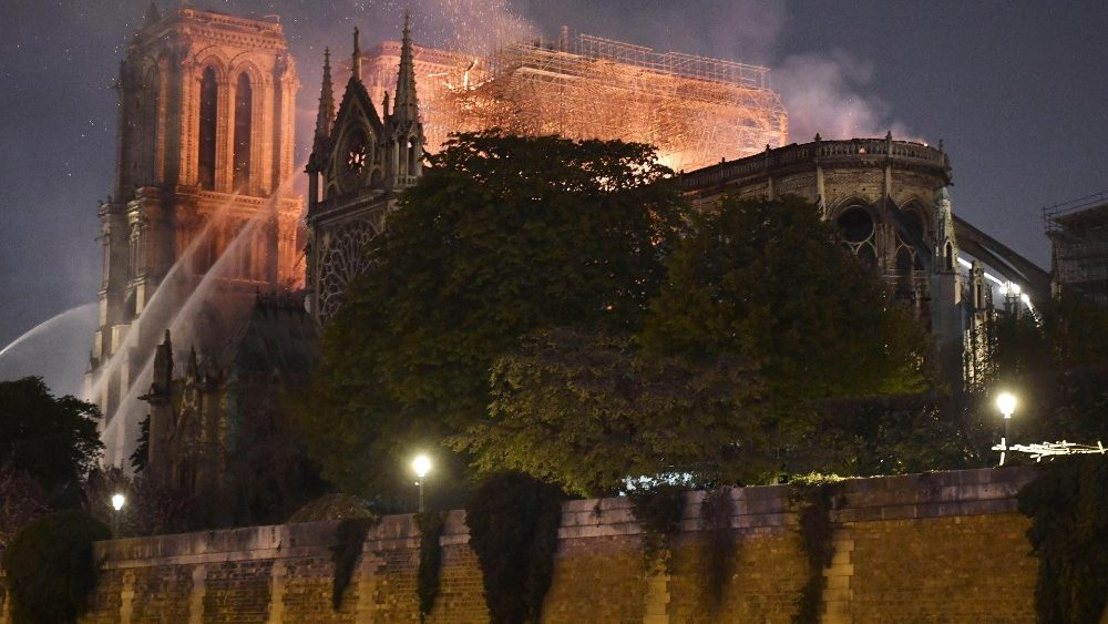 cathedral-of-notre-dame-of-paris-on-fire-1555361929831.jpg