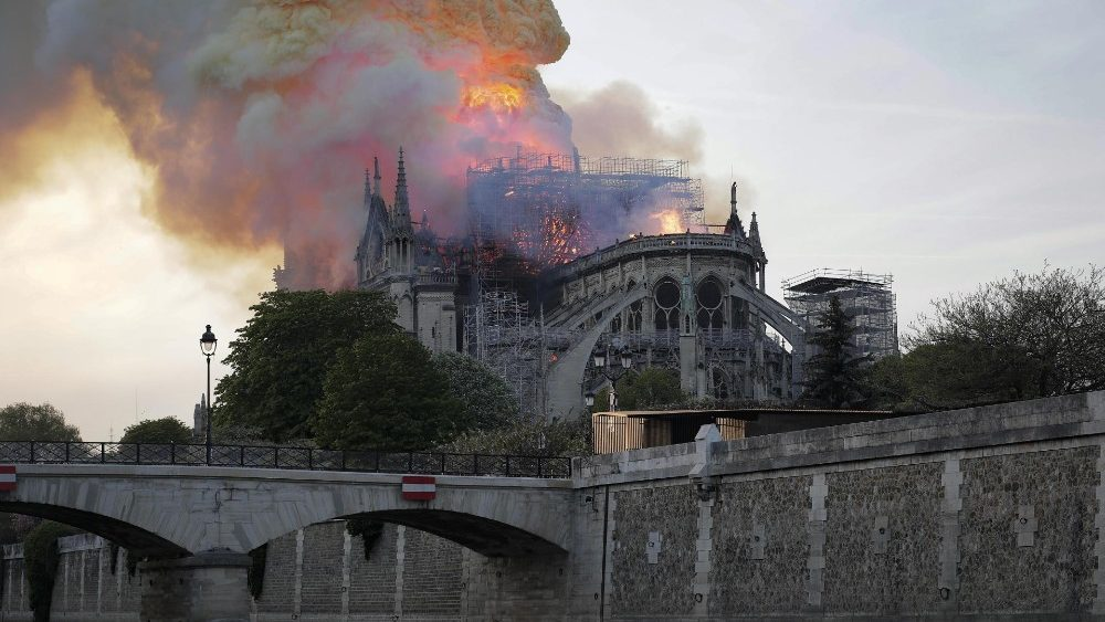 cathedral-of-notre-dame-of-paris-on-fire-1555362527260.jpg