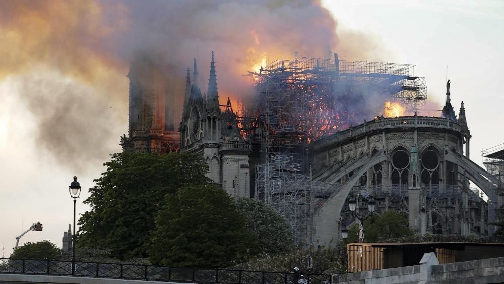 cathedral-of-notre-dame-of-paris-on-fire-1555362527673.jpg