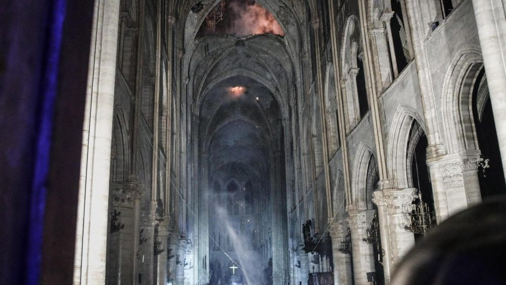 cathedral-of-notre-dame-of-paris-on-fire-1555418028779.jpg