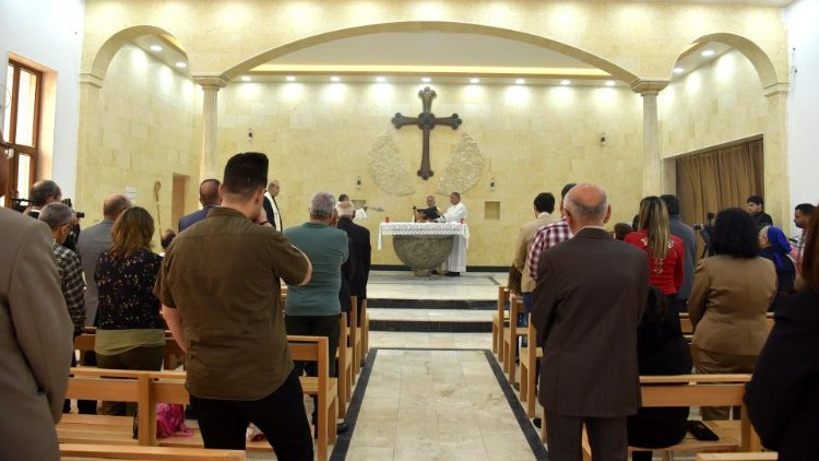 Easter celebrations at the Mar Polus (St. Paul) Chaldean church in Mosul