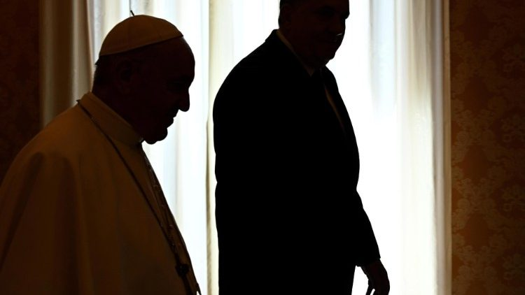 pope-francis-meets-with-chairman-of-the-presi-1556276997688.jpg