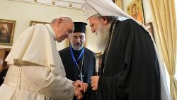 pope-francis-s-trip-in-bulgaria-and-northern--1557048229175.jpg