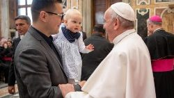 Pope Francis and the participants to 'Yes to life' intenational conference