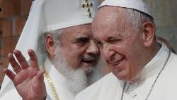 Pope Francis and Romanian Orthodox Patriarch Daniel in Bucharest