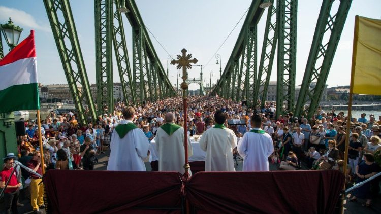 HUNGARY RELIGIOUS SERVICE ON A BRIDGE