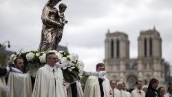 The Procession for the Solemnity of the Assumption in Paris