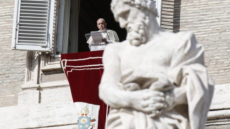 Pope Francis Angelus prayer