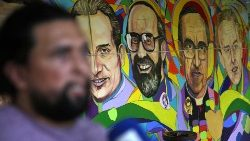 A mural on El Salvador's martyrs includes the 6 Jesuits assassinated in 1989.