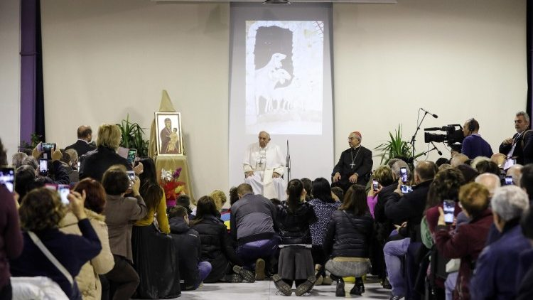 Pope to Caritas Rome: go crazy to love and help others - Vatican News