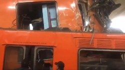 Two subway trains collide in Mexico City