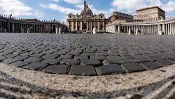 Corona-Krise: Papst begeht Kar- und Ostertage ohne Volk im Petersdom