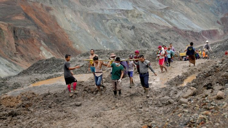More than 100 people dead after jade mine landslide in Myanmar