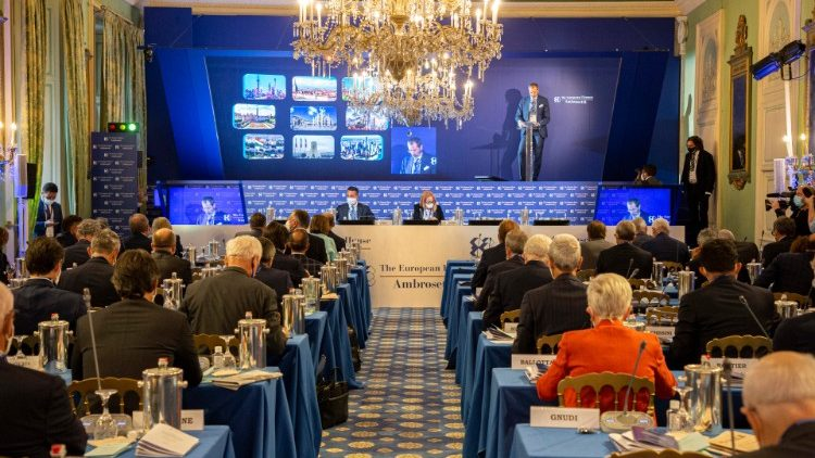 Ambrosetti Forum takes place in Northern Italy