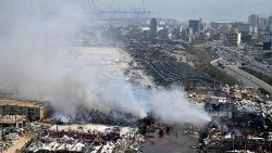 Fire at port of Beirut