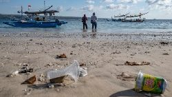 International Coastal Cleanup Day in Indonesia