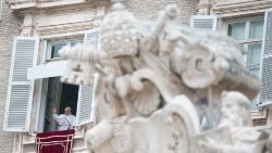 Pope Francis: Angelus prayer