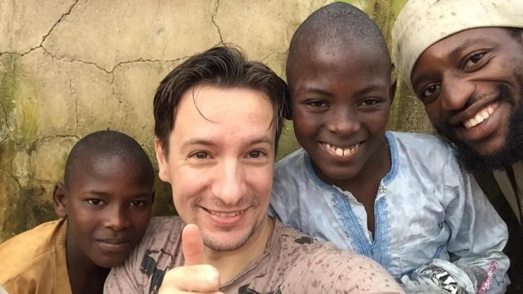 ++ Congo, uccisi l'ambasciatore italiano e un carabiniere ++