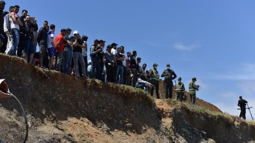 Migrantes: 8.000 en Ceuta. Preocupación de la Iglesia española
