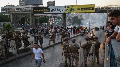Lebanon terus menderita kesengsaraan ekonomi