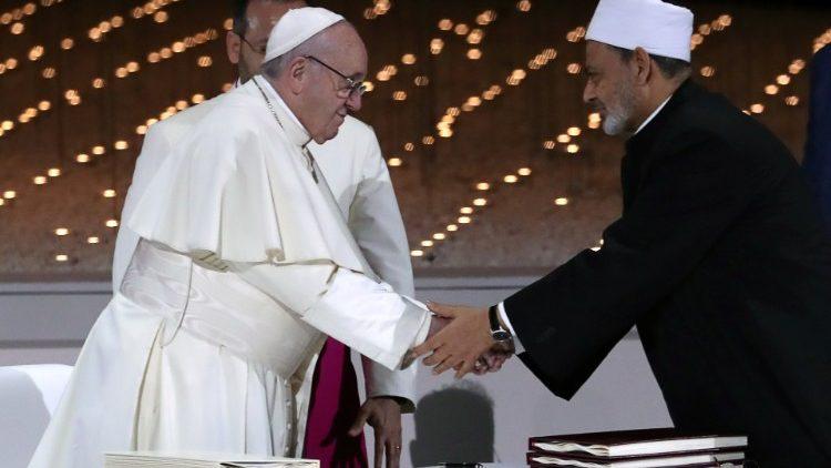 papa francisco iman al azhar documento fraternidad