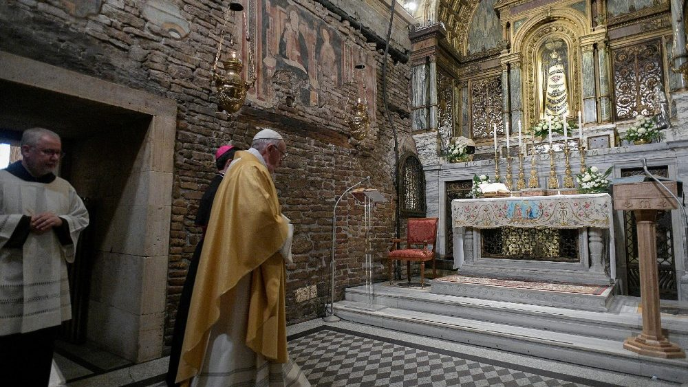 pope-francis-visits-the-shrine-of-our-lady-of-1553511334922.JPG