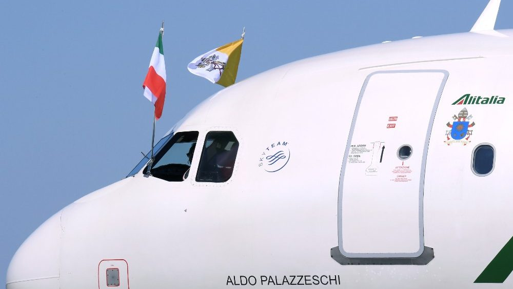 pope-francis-departs-for-his-visit-to-morocco-1553939645915.JPG