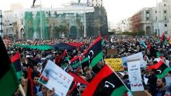 libyan-protesters-attend-a-demonstration-to-d-1555096748869.JPG