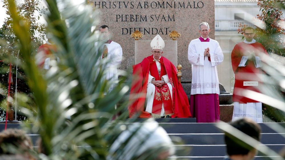 pope-francis-leads-the-palm-sunday-mass-in-sa-1555229956420.JPG