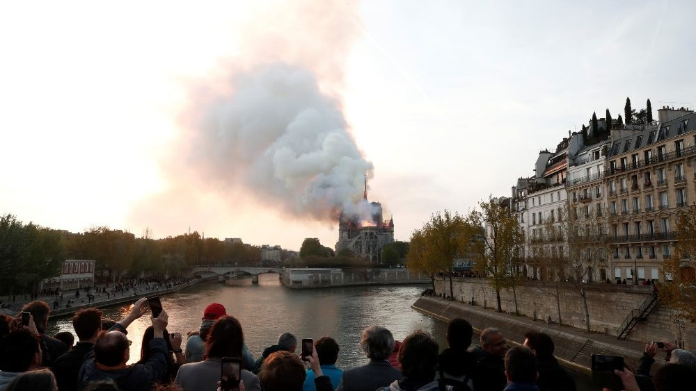 fire-at-notre-dame-cathedral-in-paris-1555351142247.JPG