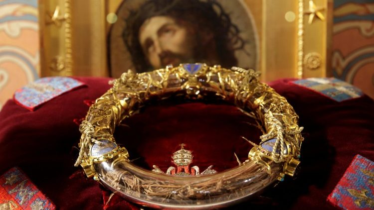 FILE PHOTO: The Holy Crown of Thorns is displayed during a ceremony at Notre Dame Cathedral in Paris