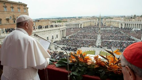 pope-francis-leads-the-easter-mass-at-st--pet-1555847068054.JPG