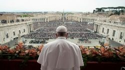 pope-francis-leads-the-easter-mass-at-st--pet-1555847068474.JPG