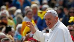 pope-francis-holds-weekly-audience-at-vatican-1556696168994.JPG