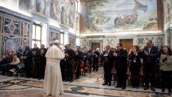 pope-francis-attends-a-meeting-with-the-parti-1558096172243.JPG
