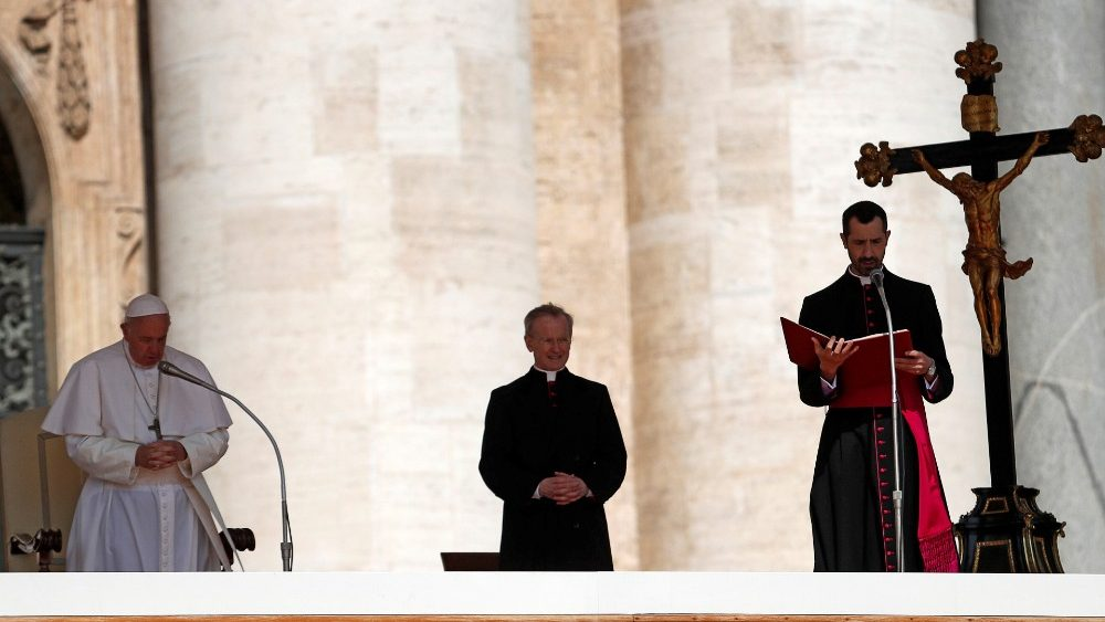 pope-francis-holds-weekly-audience-at-the-vat-1558511635844.JPG