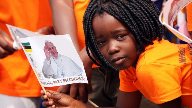 POPE-MOZAMBIQUE/
