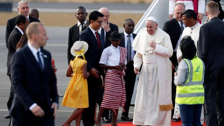 POPE-MADAGASCAR/ARRIVAL