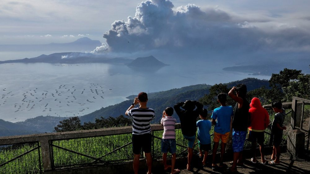 PHILIPPINES-VOLCANO/TAAL