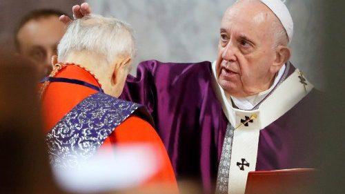Messe des Cendres: «nous sommes la poussière aimée de Dieu», rappelle le Pape