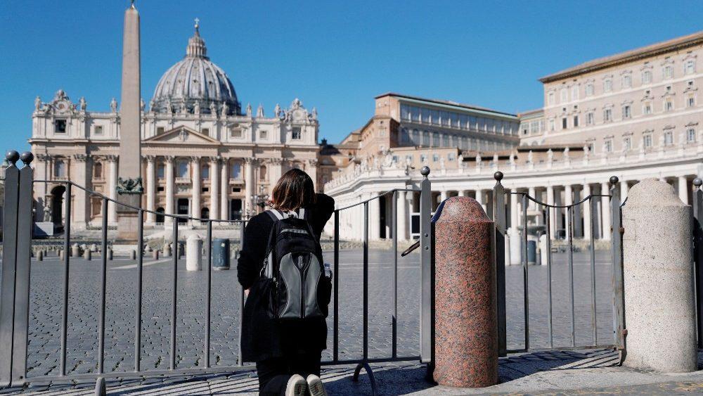 Virus corona: Sáng kiến cầu nguyện khắp nơi trên nước Ý