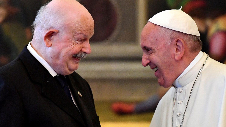 Becciu: fra' Giacomo Dalla Torre ha servito la Chiesa servendo i poveri