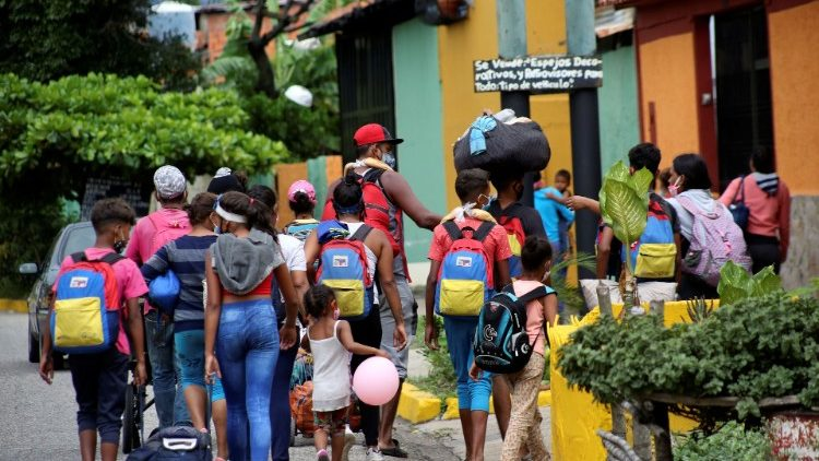 Venezuelan migrants heading for Colombia in October, 2020.