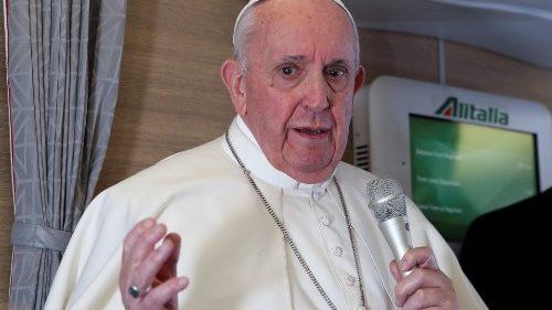 """O Papa: """"Caridade, amor e fraternidade são o caminho"""""""