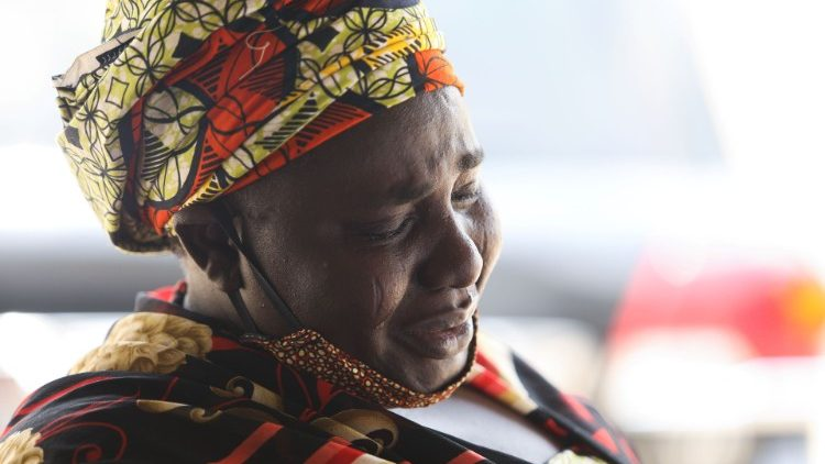 Bà Rebecca Samuel, mẹ của Sarah, một trong những nữ sinh bị Boko Haram bắt cóc