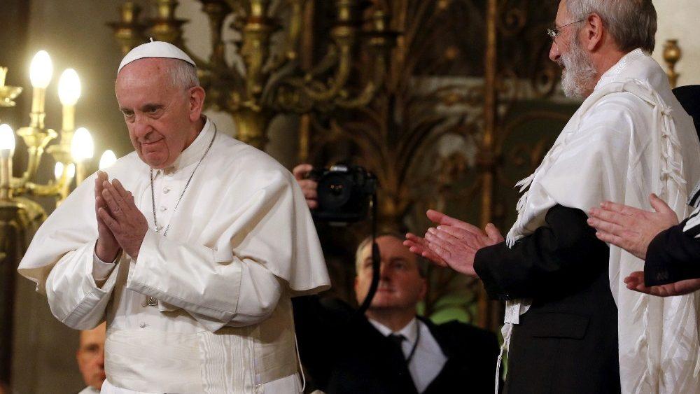 El Papa, con los judíos