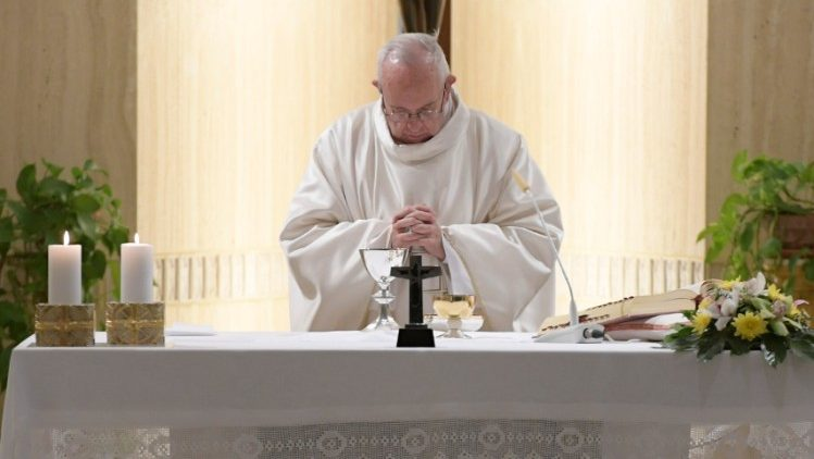Papa retoma celebrações na Capela da Casa Santa Marta