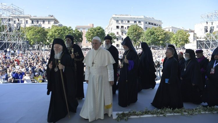 Pope Francis and Middle East Church leaders arriving for the ecumenical prayer meeting at the seafront of Bari, southern Italy, July 7, 2018.