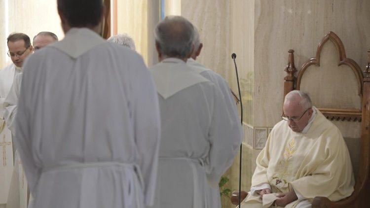 A misericórdia é o estilo do cristão, diz Papa