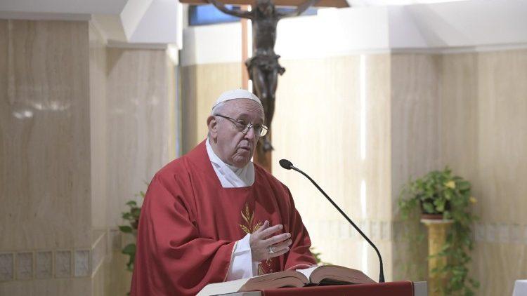 Papa Francisco misa Santa Marta homilía Jesús derrotas victoria
